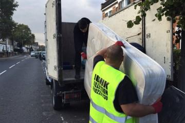 mattress disposal london1